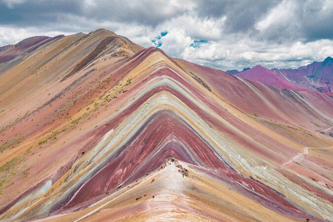 Rainbow Mountain by Cusipata