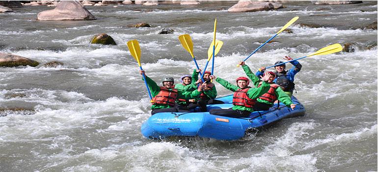 Rafting en el rio Urubamba – Chuquicahuana